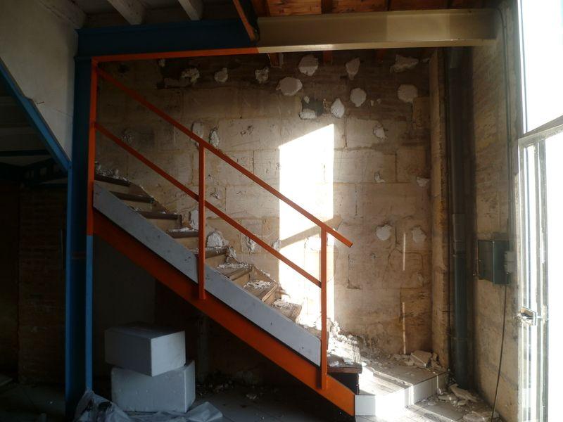 grand jour la d pose compl te de l 39 escalier droit. Black Bedroom Furniture Sets. Home Design Ideas